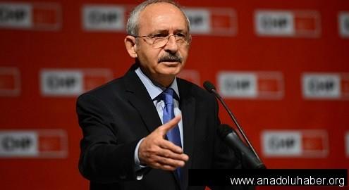 Tek aday olarak giren Kılıçdaroğlu yeniden CHP başkanı
