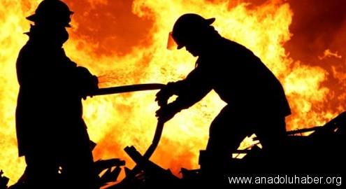 Sur ilçesinde 2 okul ateşe verildi