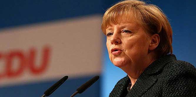 Merkel: Suriye'ye Herhangi Bir Saldırıya Almanya Katılmayacak