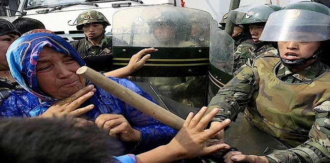 Uygur Türklerine zulüm eden Çin'e çağrı! Buna bir son verin
