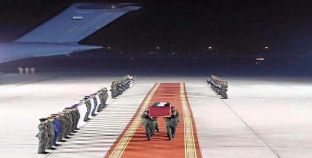 BAE'nin desteklediği askerlere intihar saldırısı! 15 ölü