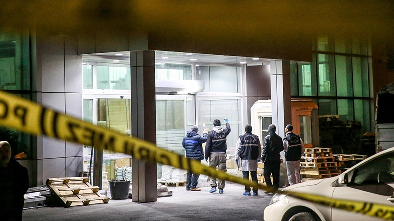 Londra'da alışveriş merkezinde : 6 yaralı