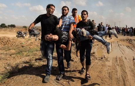 Siyonist İşgalci İsrail Güçleri Gazze'de Bir Okula Ateş Açtı
