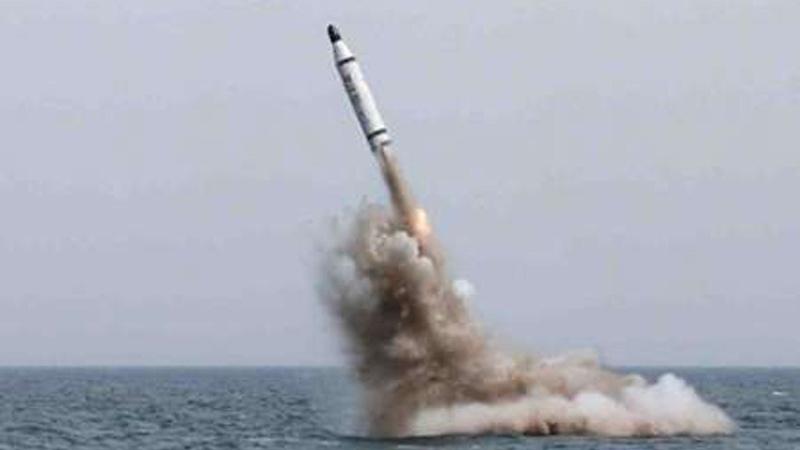İran: ABD'nin gönderdiği savaş gemisini kısa menzilli füzelerimiz bile vurmaya yeter