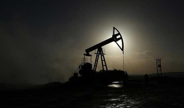Petrolün varil fiyatı 80 doları geçti