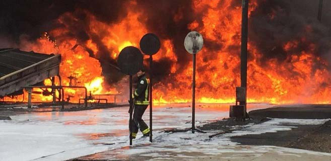 Yemen ordusuna ait İHA'lar Arabistan'ın Aramco petrol rafinerisini vurdu