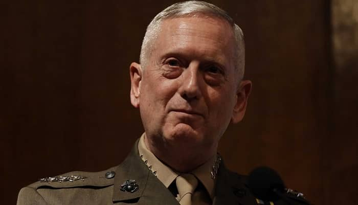 ABD savunma bakanı:  Suriye'de kalmaya devam edecez
