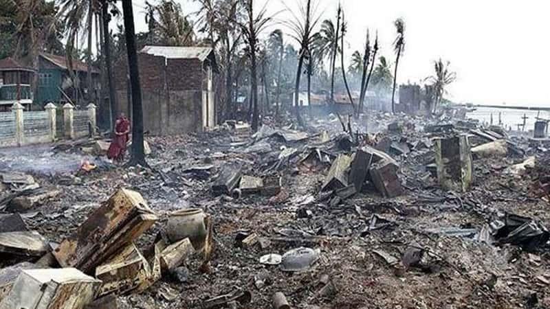 Siyonist güdümlü Myanmar ordusu Arakanlı Müslümanlara ait 1.500 binayı yaktı