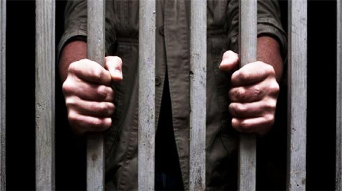 Kanlı cezaevi isyanları devam ediyor; 10 ölü