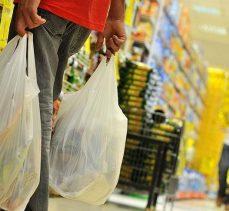 Manav, şarküteri ve ekmek reyonunda poşetler ücretsiz olacak