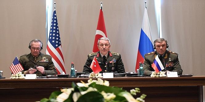 Hulusi , Rusya Savunma Bakanı ile telefonda görüştü: Konu İdlib'deki son gelişmeler