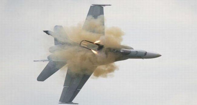 Suriye hava savunması siyonist israil uçağını düşürdü