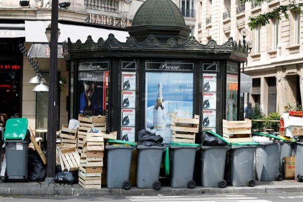 Fransa'daki Çöp Toplayıcıları Greve Gidecek