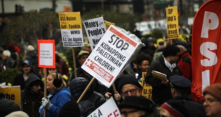 Siyonist olmayan Yahudiler New York'ta ABD ve Siyonist rejimi Protesto Etti