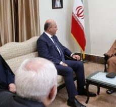 Ayetullah Seyyid Ali Hamanei: Ben Azeriyim Ruhani Farstır sen de Kürtsün; ama hepimiz çok şükür Müslümanız