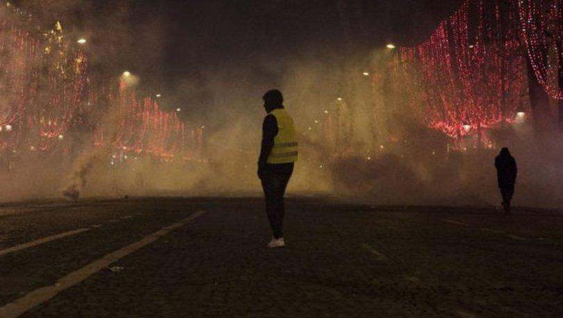 Fransa'daki gösterilerde ölü sayısı 9'a yükseldi
