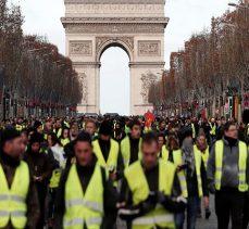 Sarı Yelekler, Macron'un açıklamasından tatmin olmadı: Cumartesi günü için eylem çağrısı yapıldı