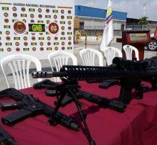 Venezuela: ABD tarafından gönderilen silahlar ele geçirdik