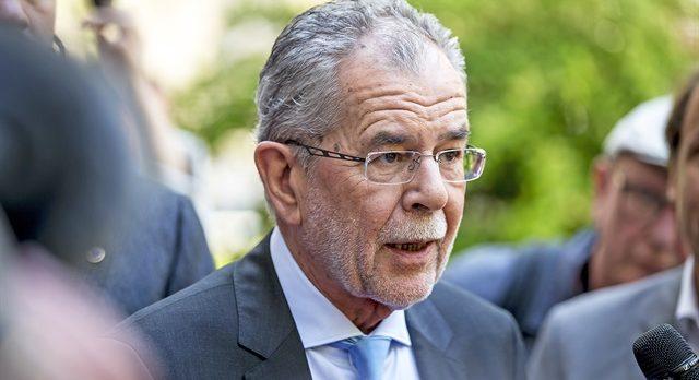 Avusturya Cumhurbaşkanı'ndan Avrupa'ya çağrı: Trump'ın emir eri olmayın