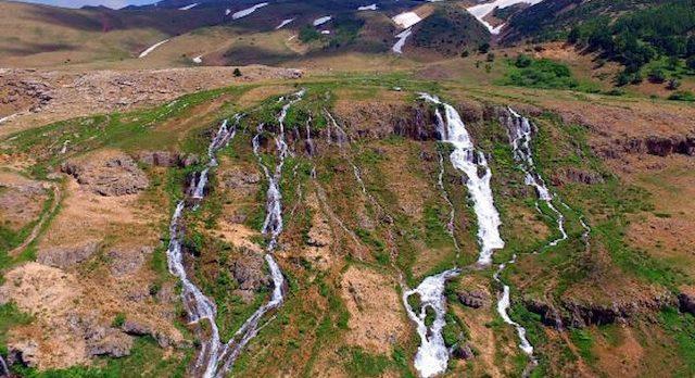 Gezilecek Yerler: 2 bin metredeki gizli cennet! Konarlı Şelalesi